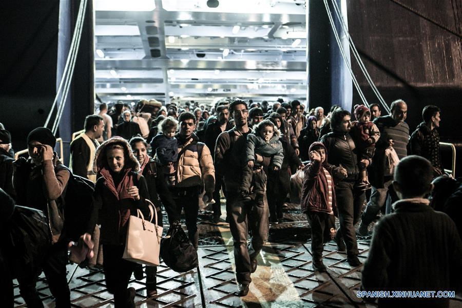 Grecia activa Plan B para hacer frente a crisis de refugiados