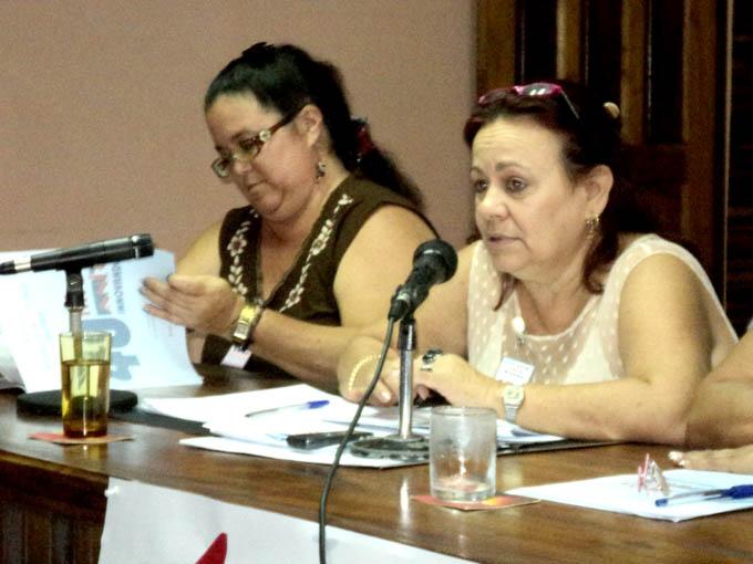 A la derecha Tairí Lozano de Armas, Vice presidenta de la Anir.FOTO/Anaisis Hidalgo Rodríguez