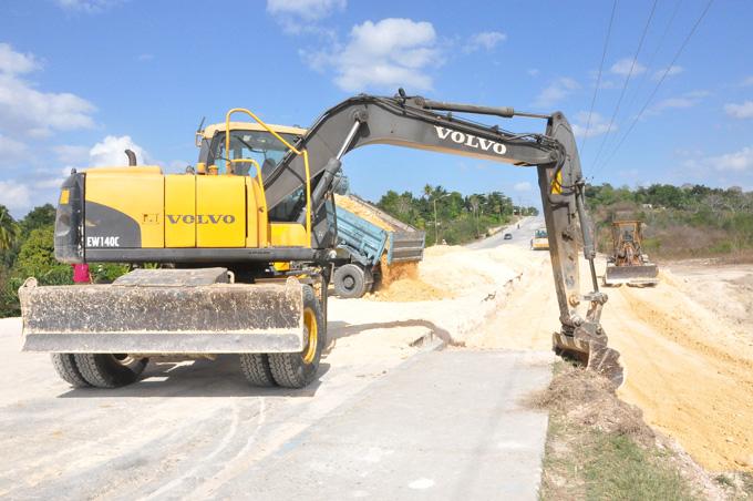 Marcha a buen ritmo reparación de circunvalación de Manzanillo