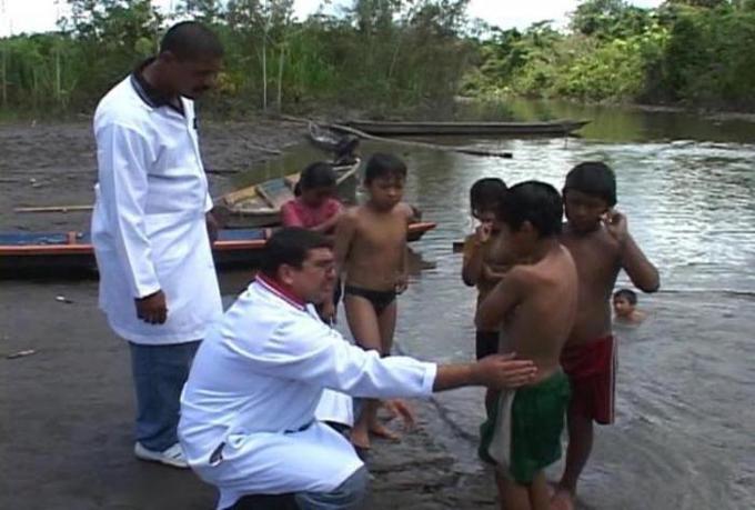 Elogian labor de Brigada Médica cubana durante 10 años en Bolivia