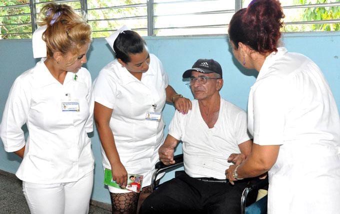 Se desarrolló una campaña de educación y pesquisa de enfermedades malignas y premalignas de la piel. Foto: Rafael Martínez Arias