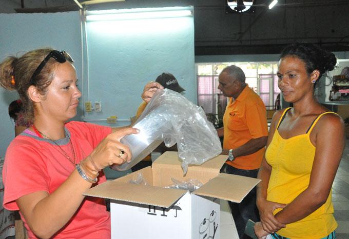 Reanudan venta de módulos de cocinas de inducción en Granma