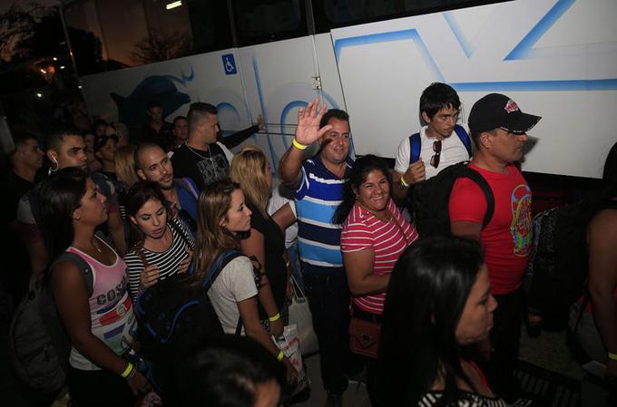 Llegarán migrantes cubanos a El Salvador en ruta hacia EE.UU.