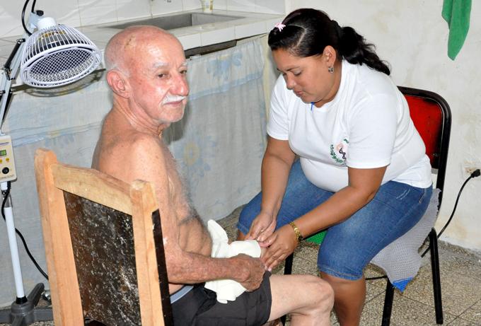 Positivos resultados en Granma en tratamiento para la rodilla