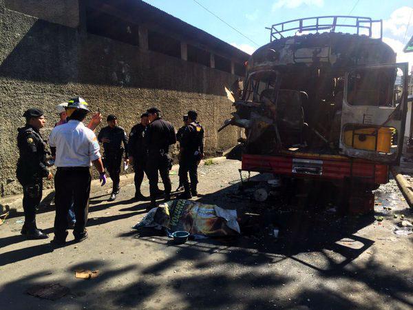 Explosión en autobús en Guatemala deja un muerto y 17 heridos