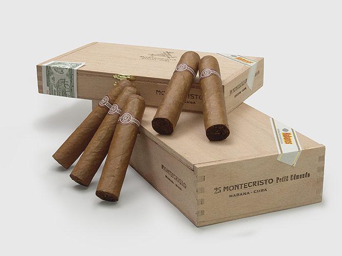 Sellos y vitolas recuerdan la historia del tabaco cubano