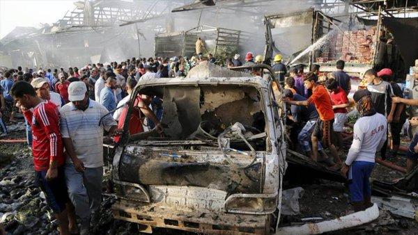 Atentado con bomba sacude centro de capital iraquí, 30 víctimas