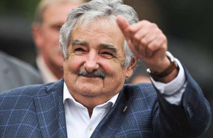 Otorga universidad argentina título Honoris Causa a Mujica