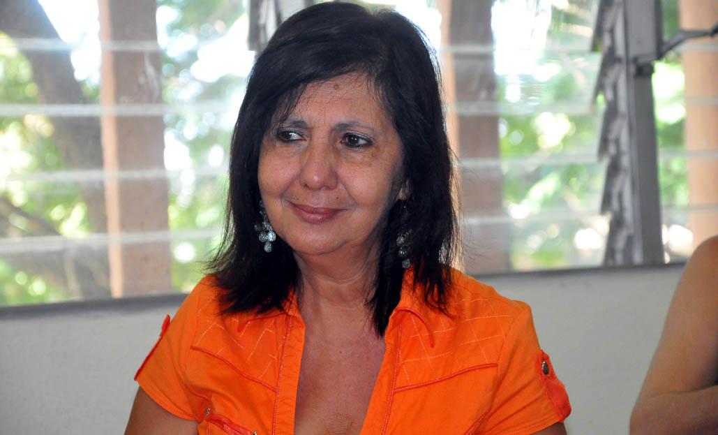 Premian a periodistas en Granma