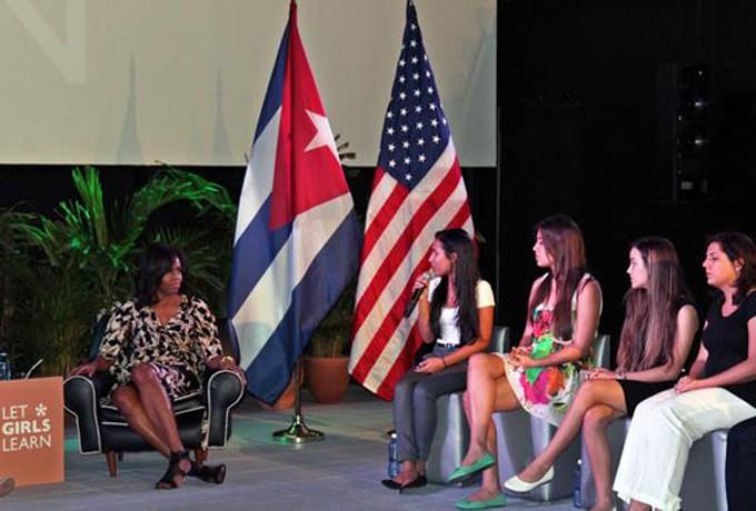 CUBA-LA HABANA-ENCUENTRO DE MICHELLE OBAMA CON JÓVENES CUBANAS