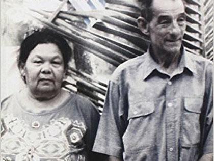 Ofrendas florales para la colaboradora del Che en la Sierra Maestra