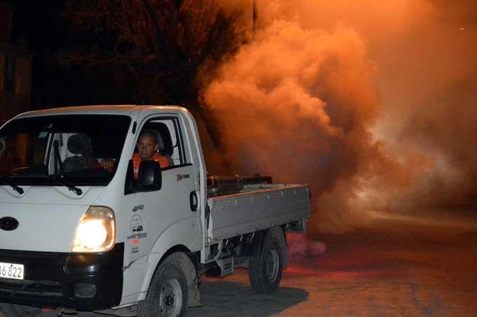 Intensifica Granma la campaña contra los mosquitos Aedes