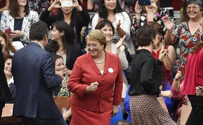 Presidenta chilena destaca proyecto de ley sobre despenalización del aborto