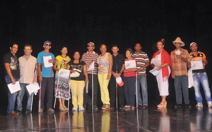 Premian a talentosos aficionados de la Asociación Nacional del Ciego