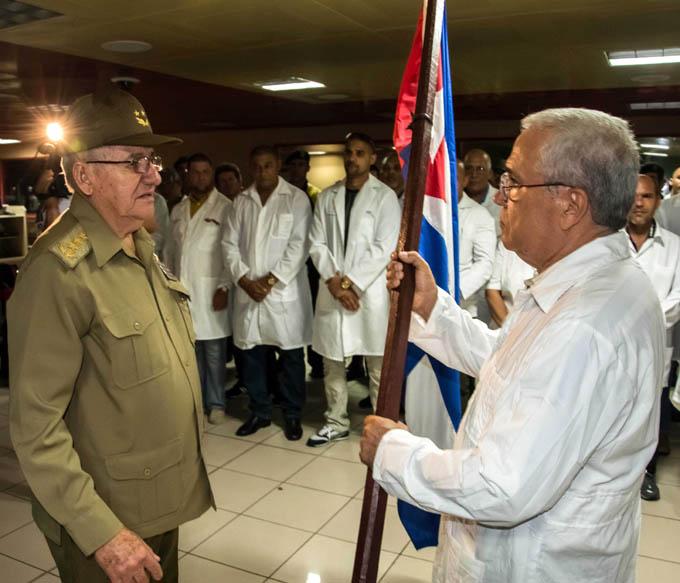 Parte a Ecuador Brigada del Contingente Henry Reeve