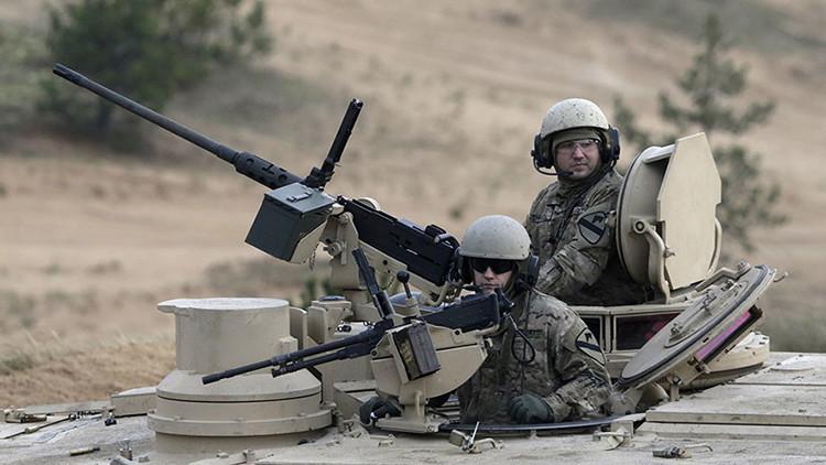 El gasto militar mundial ascendió a 1,7 billones de dólares en 2015 y EE.UU. encabeza la lista