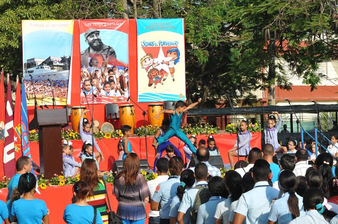 Masivo festejo infantojuvenil en Granma