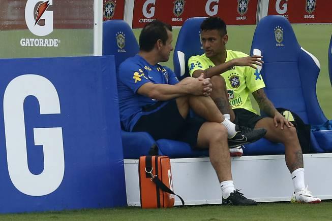 Brasil dice ahora que la Copa América agotaría a Neymar