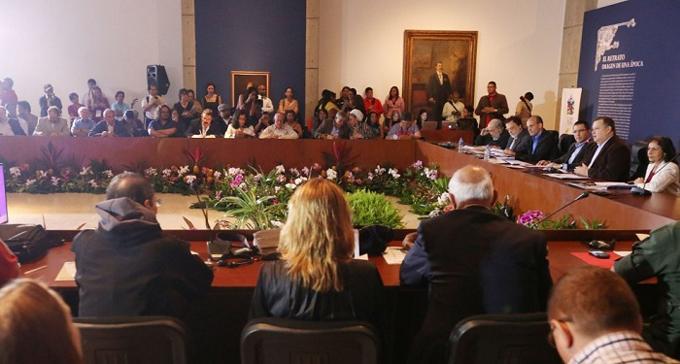 Intelectuales condenan juicio político contra Dilma Rousseff