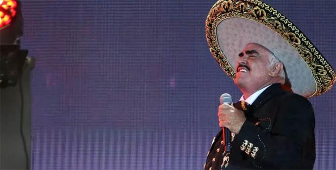 Dijo adiós a los escenarios Vicente Fernández