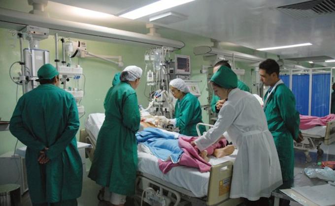 Médicos de Cuba e Italia analizan el diagnóstico y tratamiento del cáncer