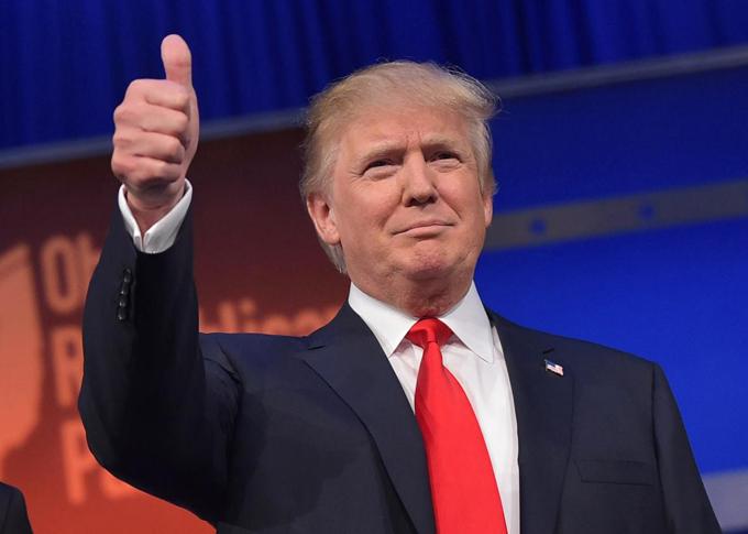 Trump mantiene posibilidades entre republicanos en EE.UU.