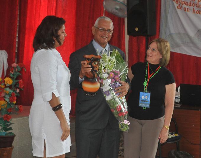 Sesiona en Bayamo I Evento científico nacional de entrenamiento deportivo