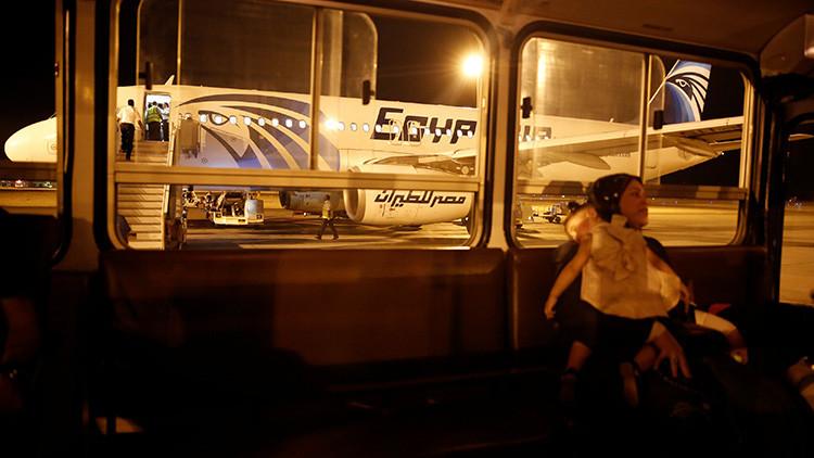 Algo catastróficamente rápido sucedió a bordo del avión de EgyptAir