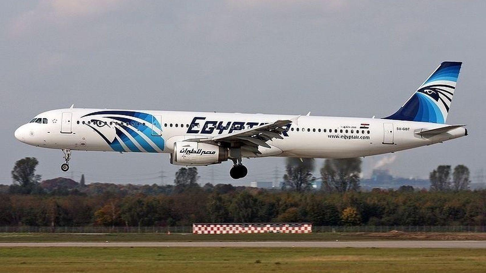 Un avión de EgyptAir que cubría la ruta entre París y El Cairo se estrella en el Mediterráneo