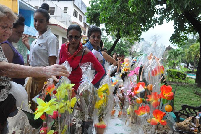 Inició Feria de las flores