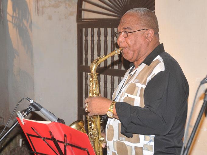 Presentó saxofonista bayamés su primer demo en solitario