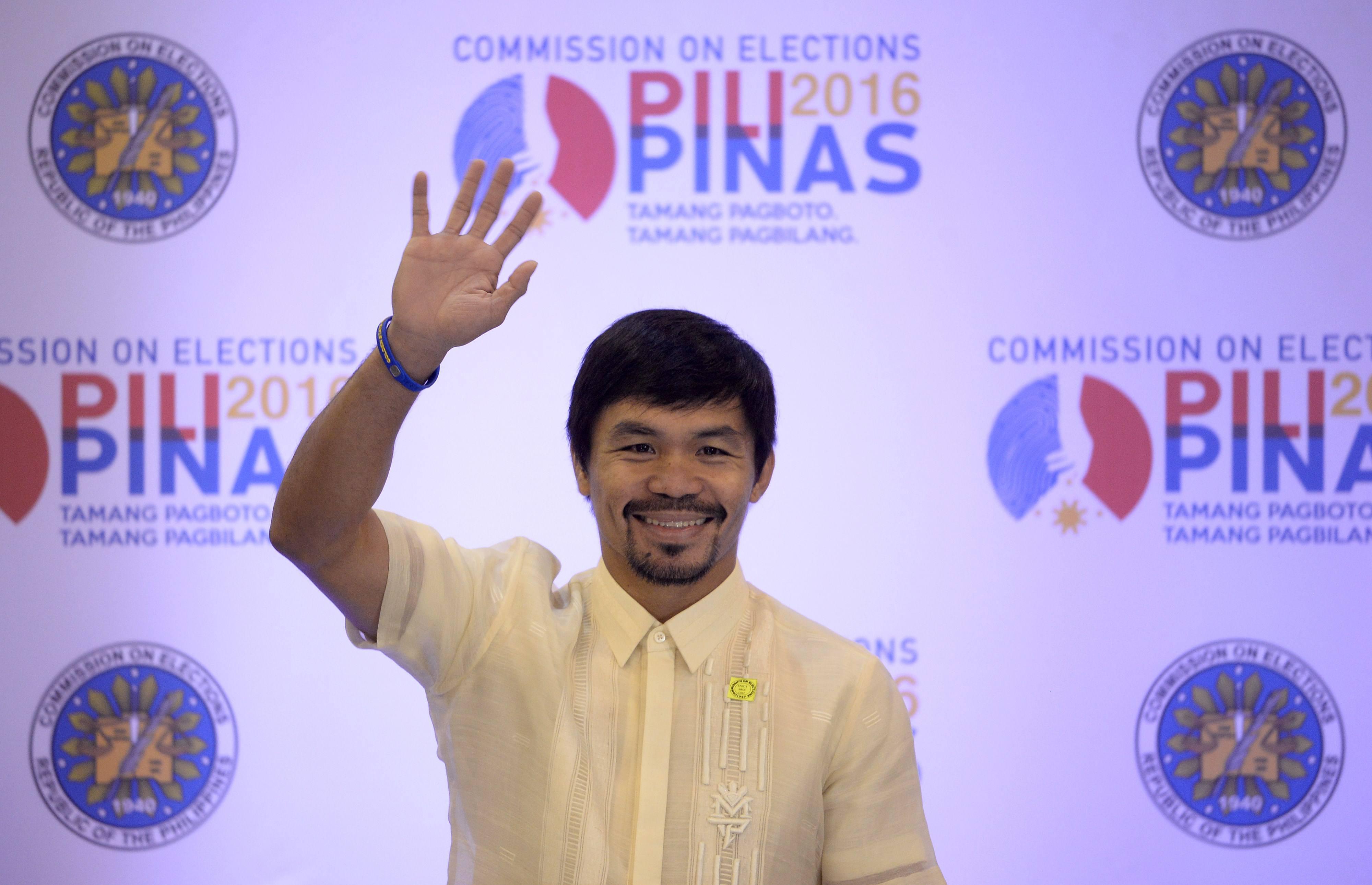 Boxeador filipino Manny Pacquiao se convierte en senador