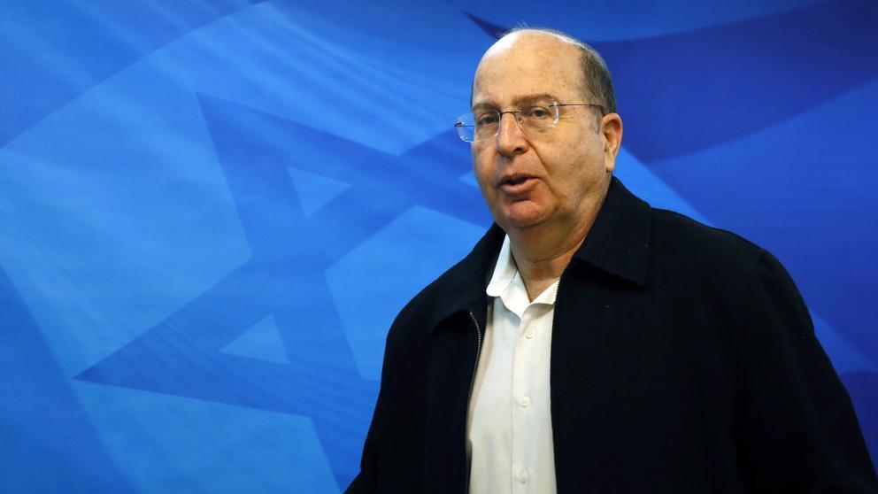 Dimite ministro de Defensa de Israel