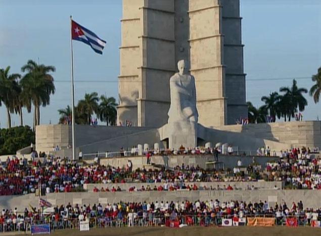 Cubanos dan un sí por su Patria y el socialismo