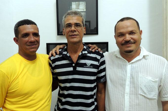 Jesús Diéguez Fiallo, Wilfredo Milanés Santiesteban y Juan Luis Maceo Núñez, ganadores del Salón Julio Girona/ FOTO Juan Ramírez
