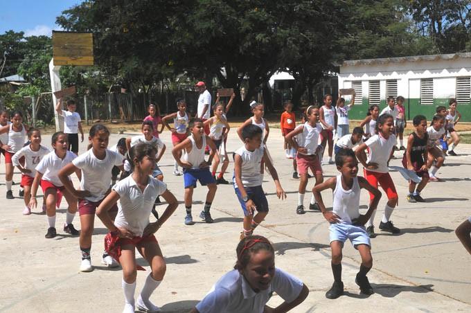 Un grupo de 24 niños (en edad preescolar) se inicia en la práctica del judo en el CD No 1 / Foto Luis Carlos Palacios Leyva