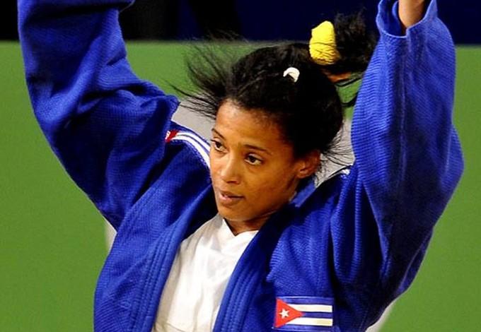 dayaris-mestre-judoca