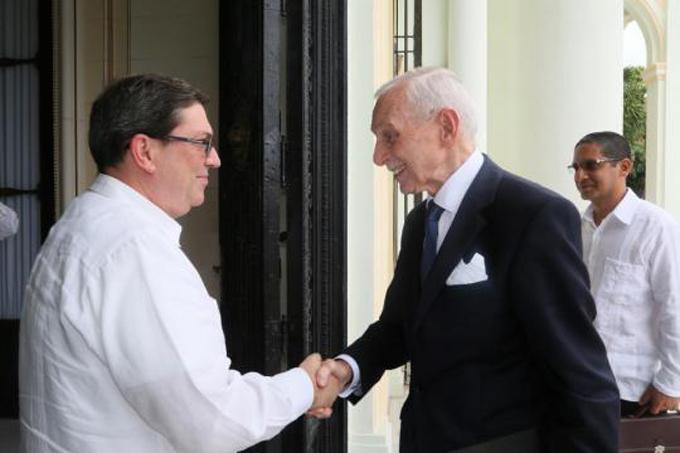 Canciller cubano se reunió con director general de la OIM