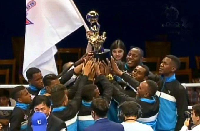 Cuba reconquista título en Serie Mundial de Boxeo