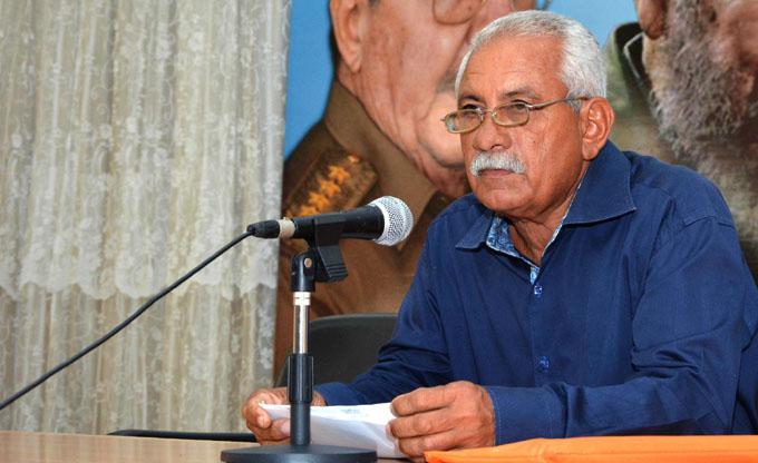 Resaltan en Granma vigencia del pensamiento económico del Che