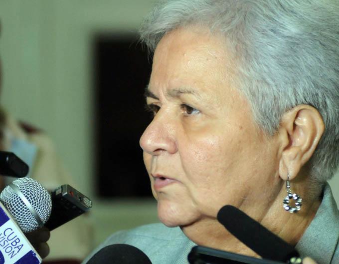 Contralora general de Cuba asiste a asamblea regional en El Salvador