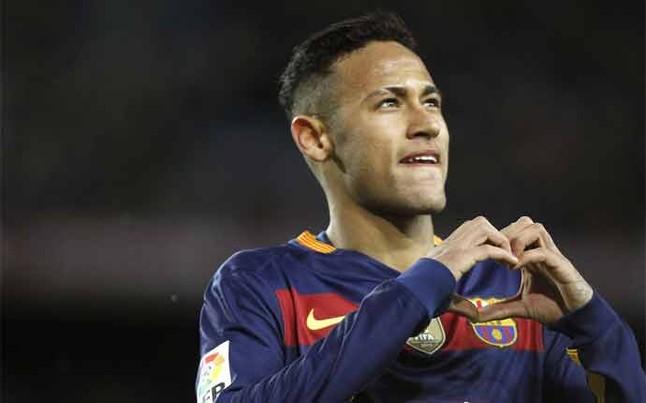 Neymar seguirá en el Barcelona cinco años más