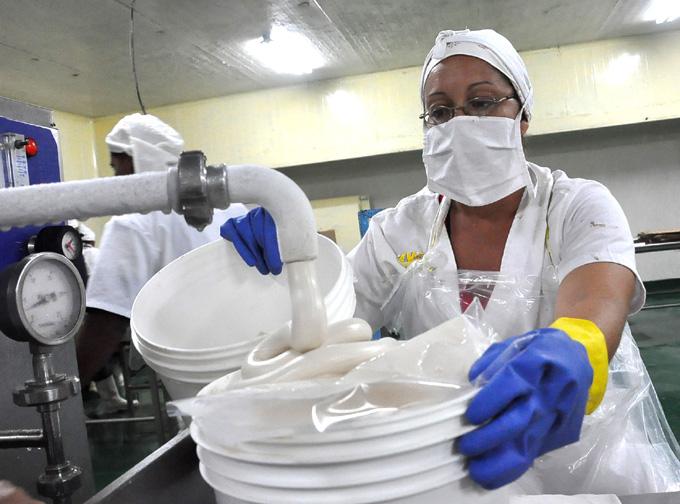 Prevén estabilidad en la producción de helado en Bayamo
