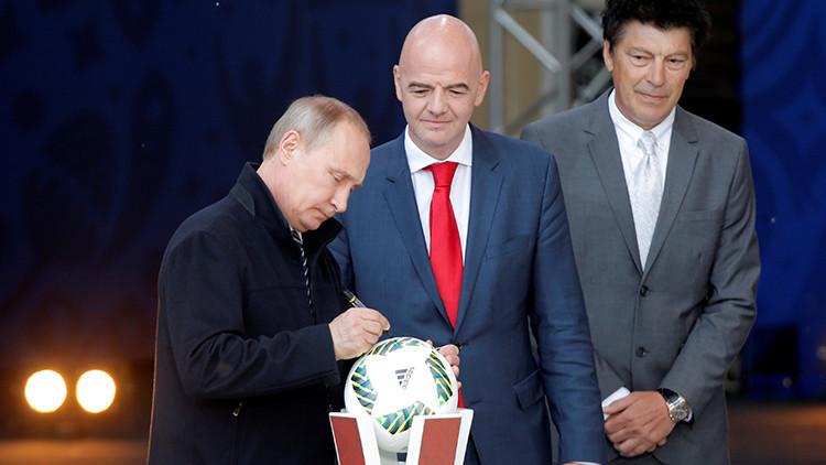 """""""Seremos capaces de proporcionar el más alto nivel de organización para el Mundial de fútbol"""", Putin"""