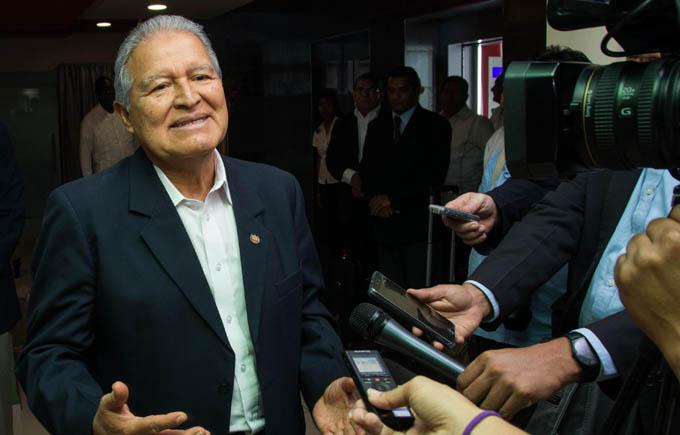 LA HABANA-ARRIBA A CUBA PRESIDENTE DE EL SALVADOR