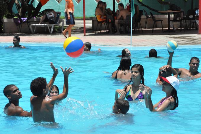 Implementarán rebaja de precios de productos y servicios durante el Verano 2016 en Granma (+ listado)