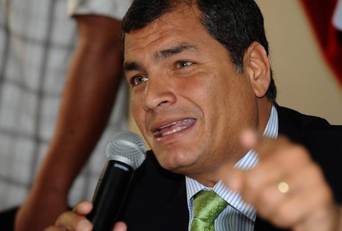 Correa expone mentiras de oposición en Ecuador por campaña electoral