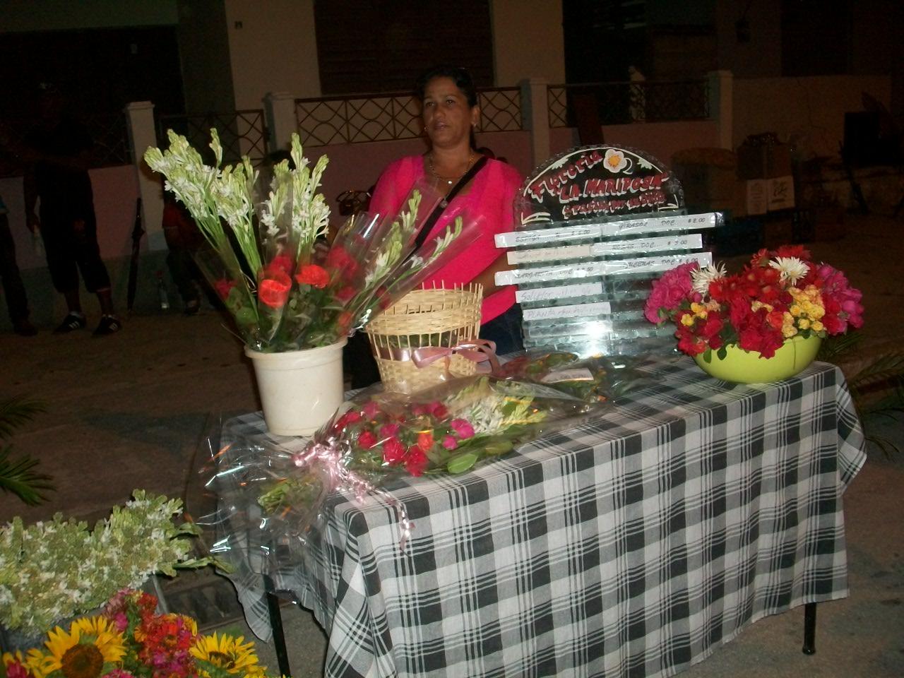 Noche espléndida abre el verano en Manzanillo