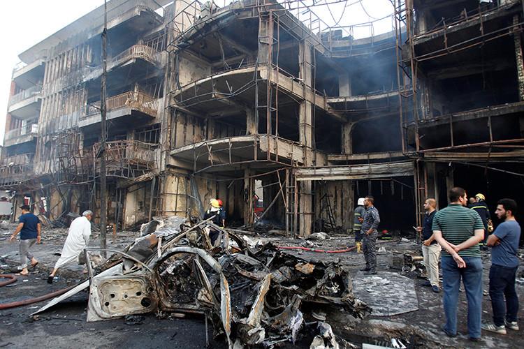 Al menos 200 muertos tras dos fuertes explosiones