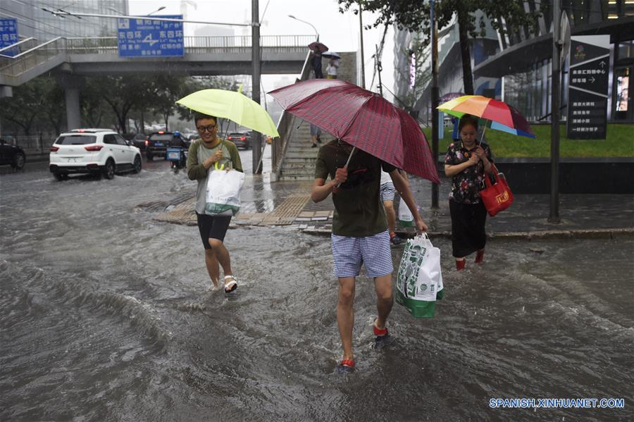 China alerta ante incremento de lluvias